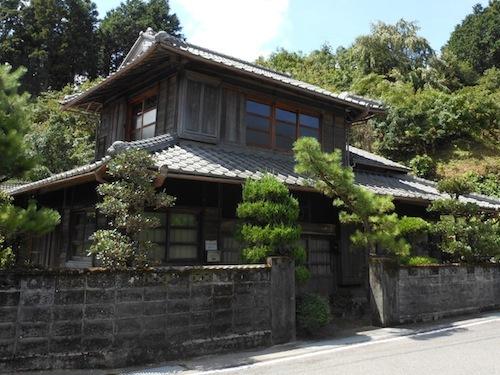 20130610152054 - 福岡県発行「新しい協働のケース100」でSansanが紹介されました