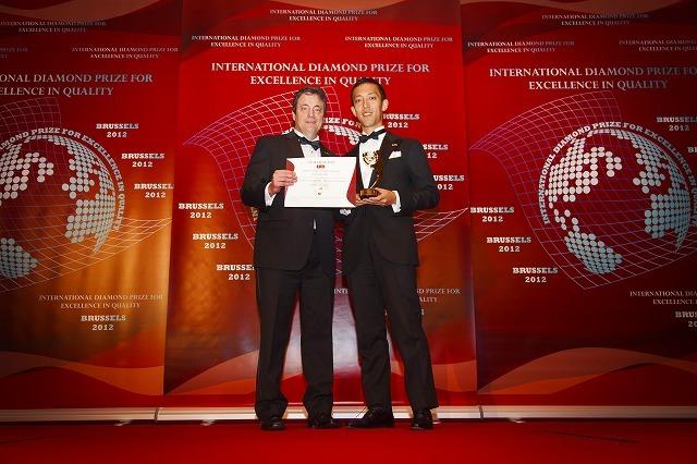 "ESQR High 775 - ヨーロッパで「International Diamond Prize for Excellence in Quality」を受賞しました~""優れた品質と実績""法人向け名刺管理サービス『リンクナレッジ』に国際的評価~"